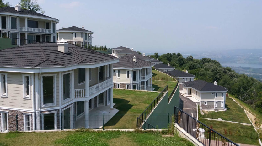 Villas for sale in Sapanca Sakarya Turkey